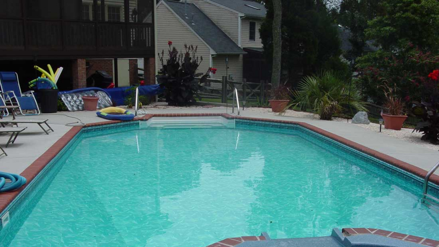 About Breckner Pools & Backyard Designs